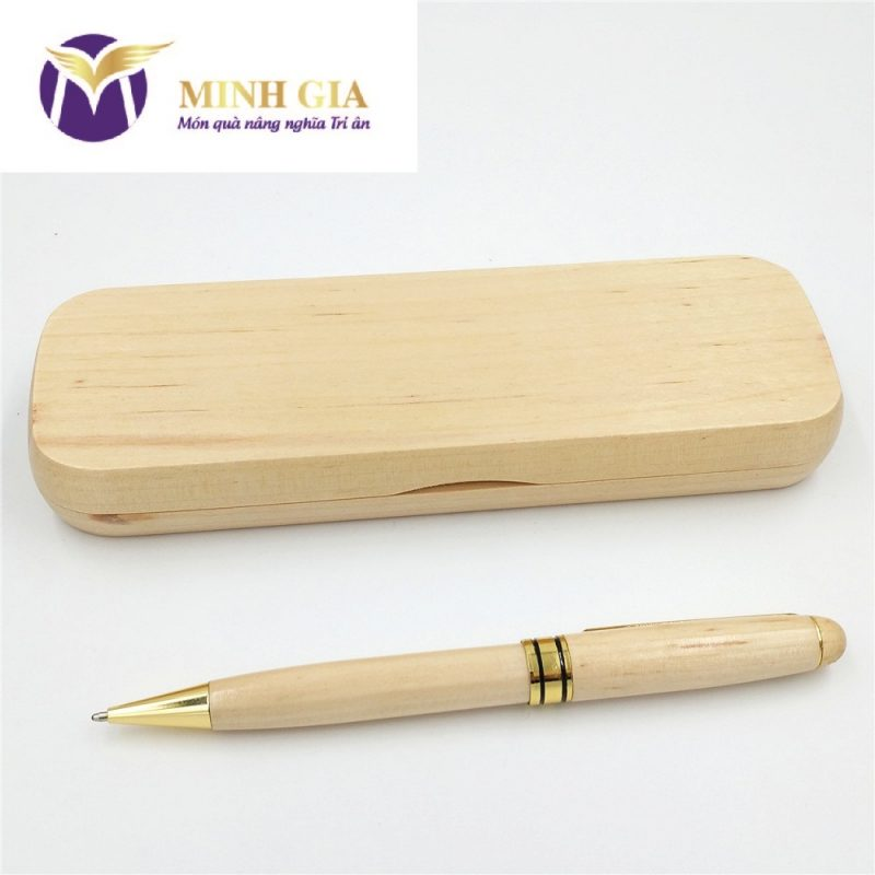 Bút ký gỗ khắc tên