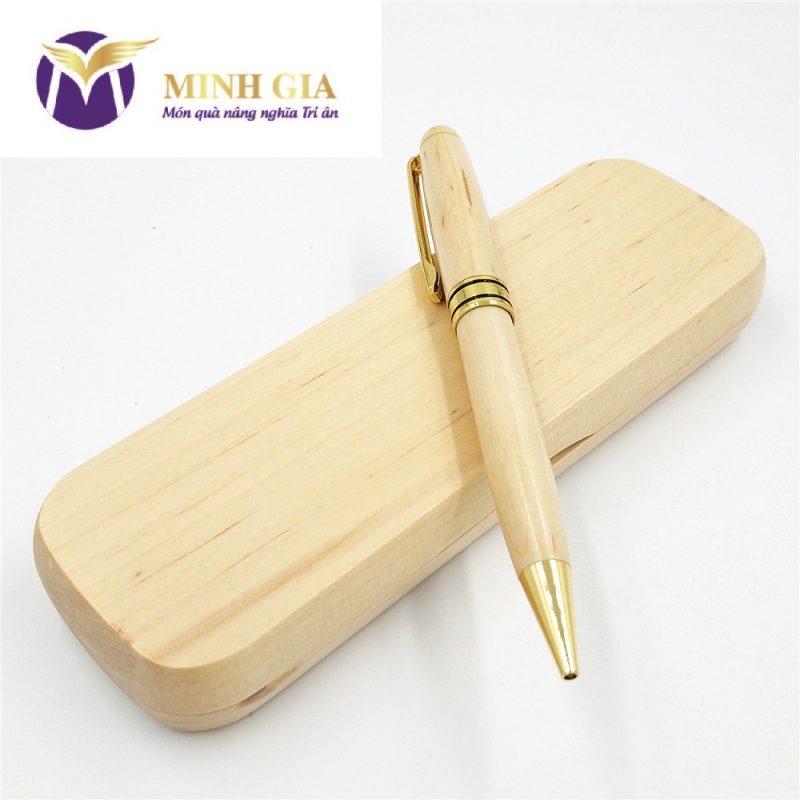 Bút gỗ khắc tên, logo Minh Gia Gift