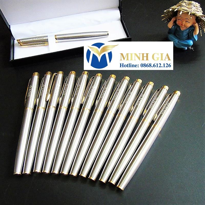 Bút ký kim loại cao cấp khắc tên Minhgia.vn