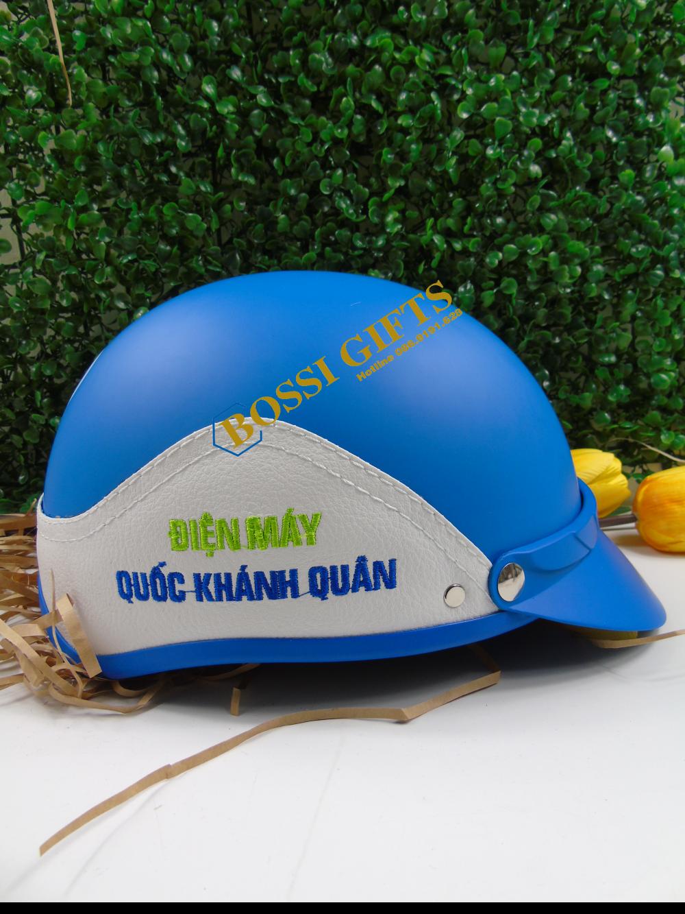 Mũ bảo hiểm bọc da - thêu logo Quốc Khánh Quân